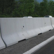 concrete safety barriers | Ekspostatyba